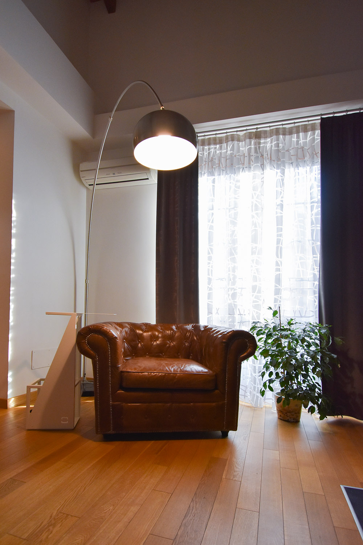 casa privata milano progetto interni colore verde soggiorno (1)