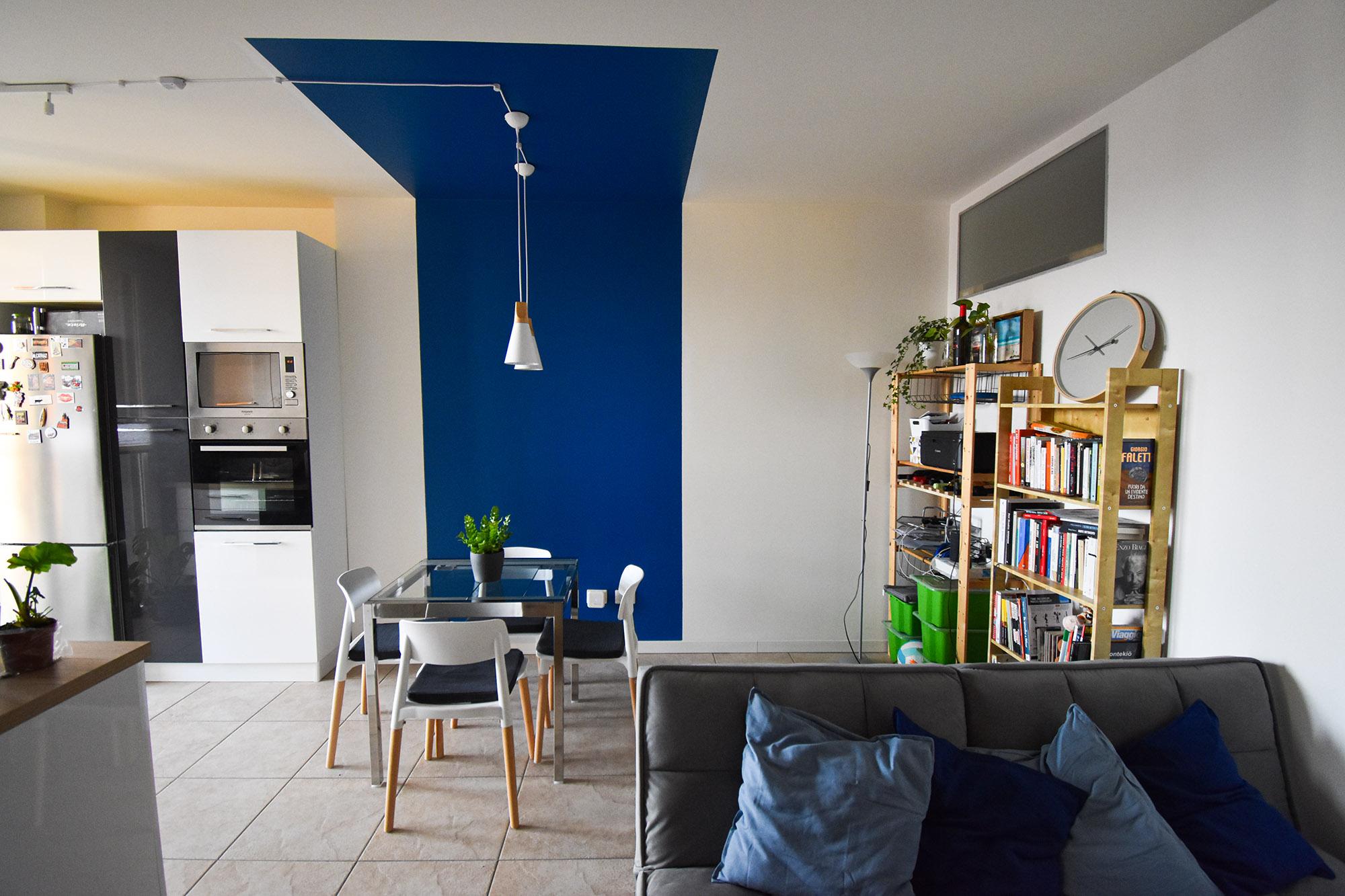 casa Milano interior design colore soggiorno cucina (2)