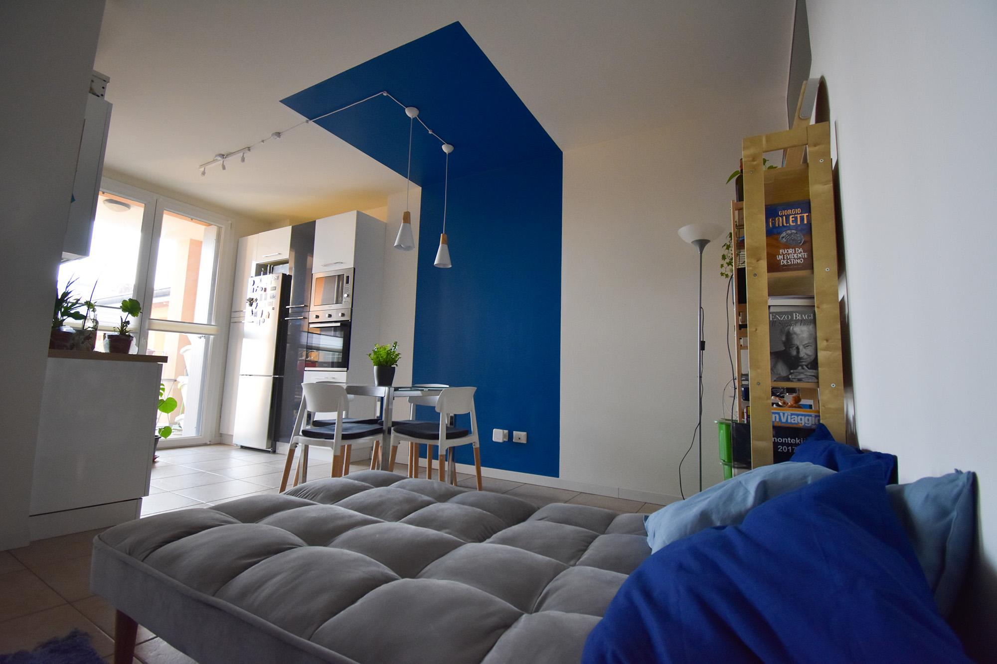 casa Milano interior design colore soggiorno cucina (5)