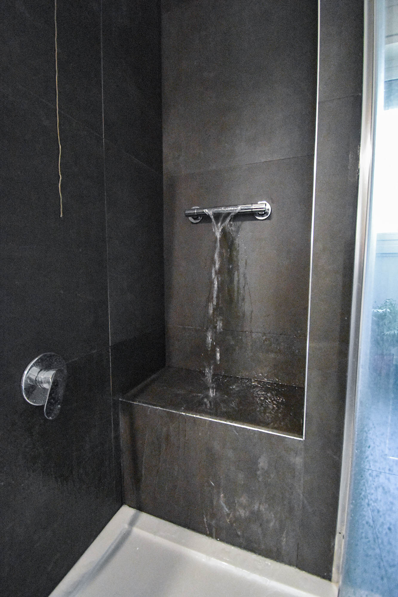 bagno design bianco e nero (4)
