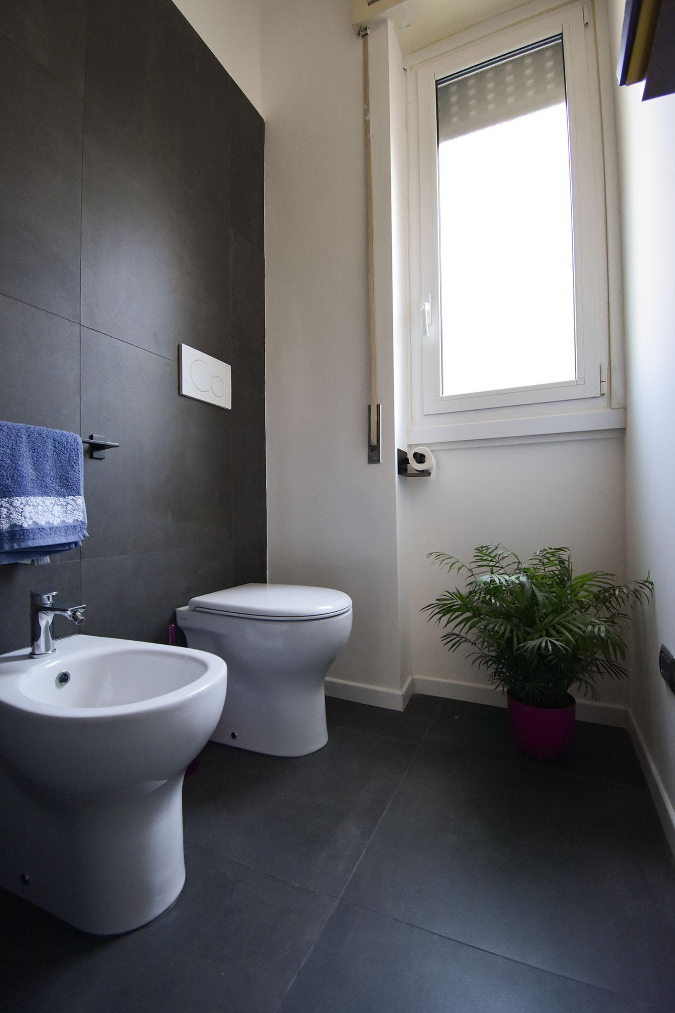 bagno design bianco e nero (7)
