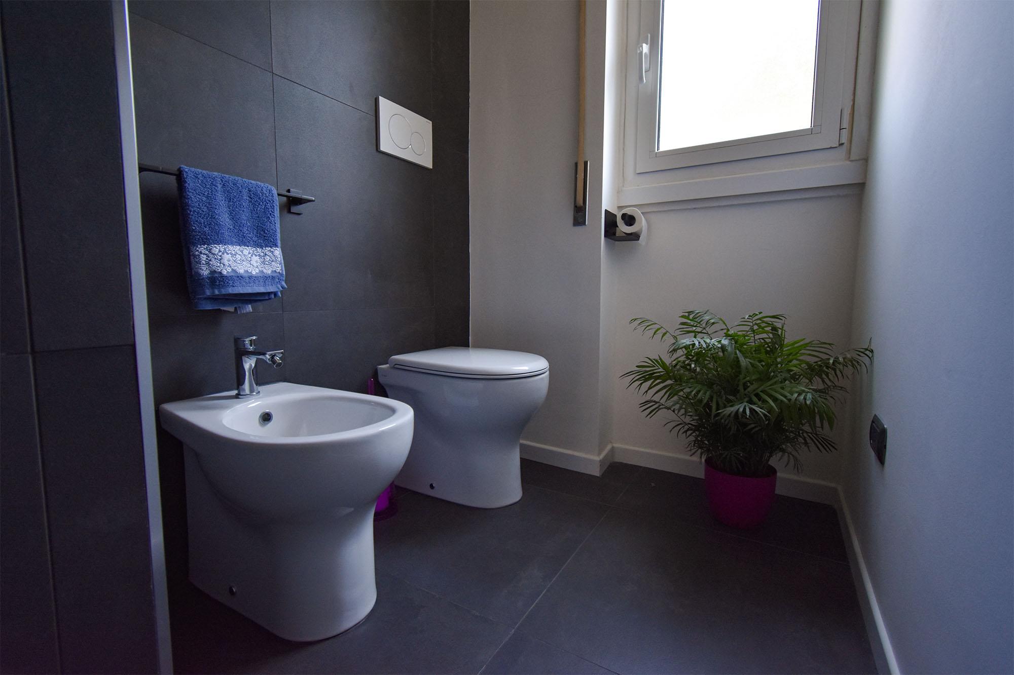 bagno design bianco e nero (8)